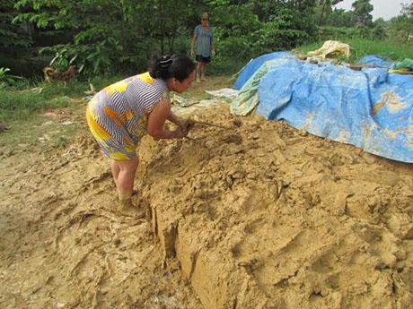 Độc đáo làng nặn tượng ông Công, ông Táo tại xứ Huế